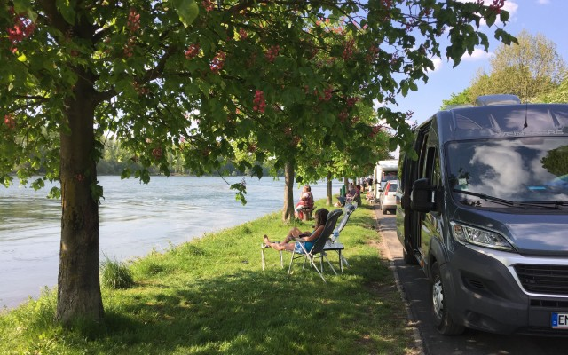 Rhein Leopoldshafen Wohnmobil