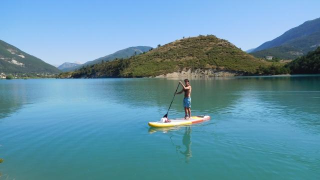 SUP Lac de Castillon allein